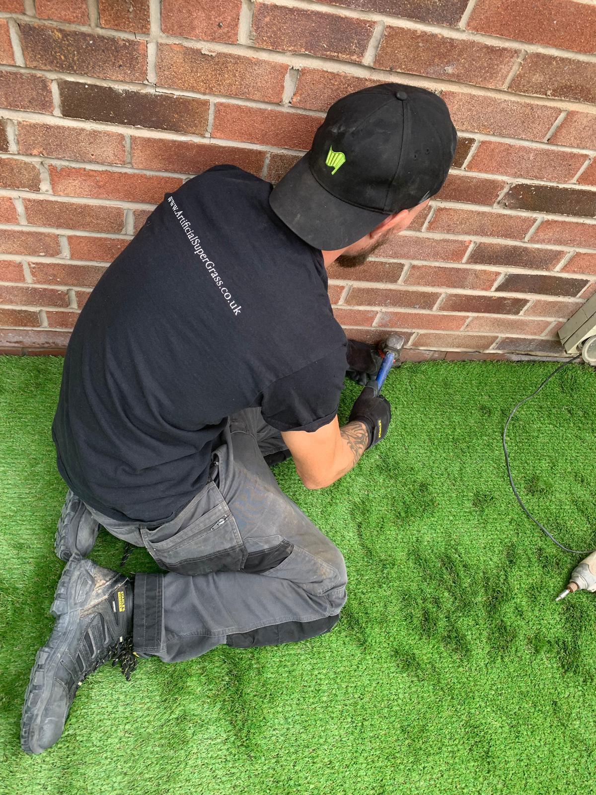 Fake Grass Slough Artificial Super Grass
